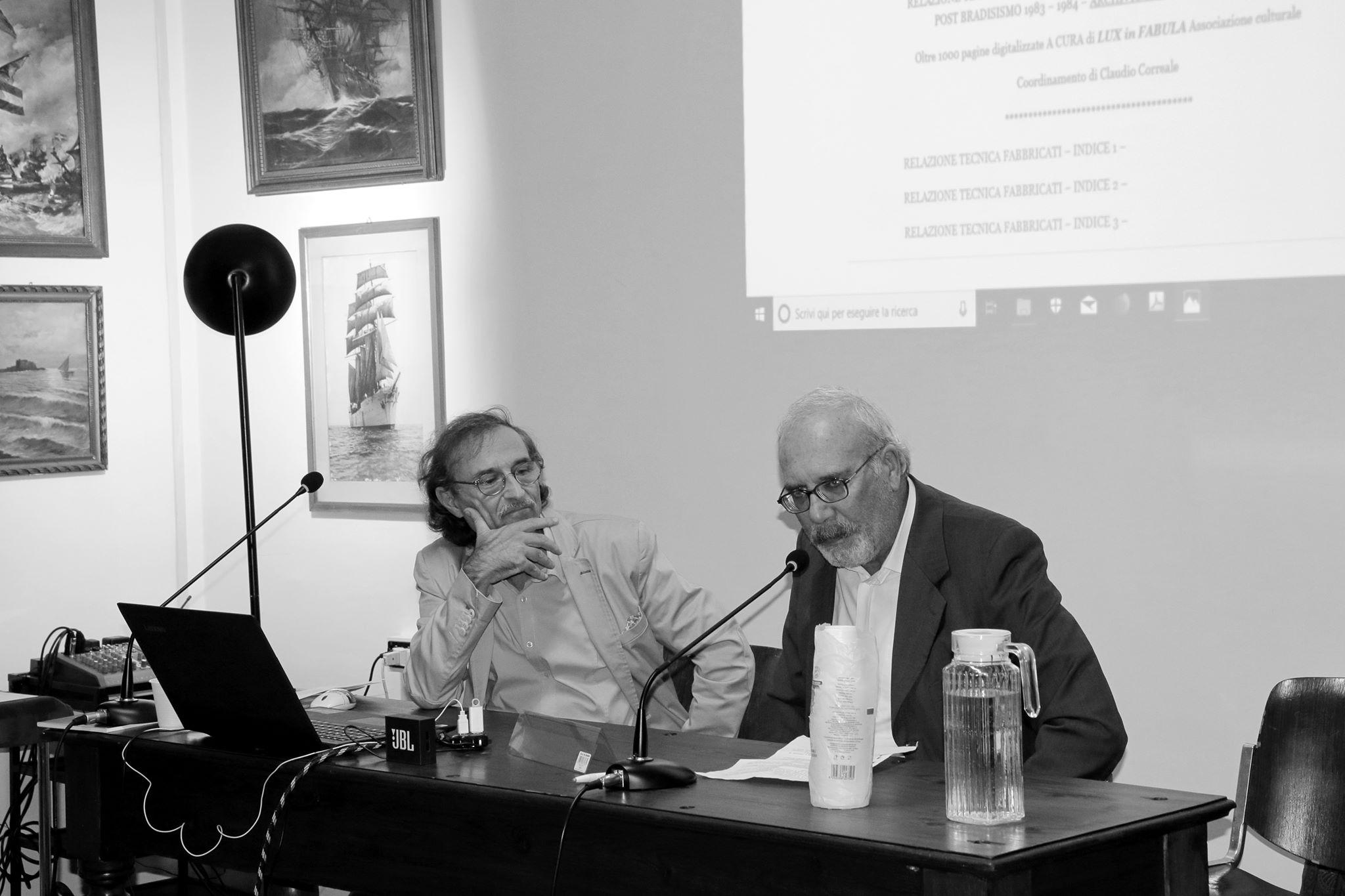 Claudio Correale e Antonio Isabettini durante la serata Pozzuoli è memoria, Museo del Mare, Napoli, ottobre 2019. Foto di Vittorio Gulfo